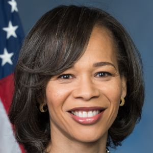 photo of Lisa Blunt Rochester